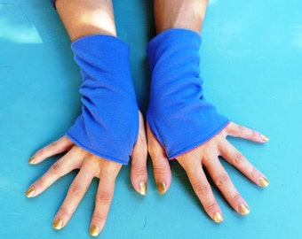 """Fingerless mittens """"Blue Red"""" made from recycled cotton jersey"""