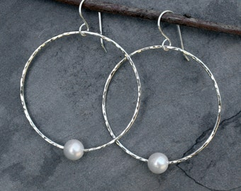 Pearl Hoop Earrings, Solid Sterling Silver Earrings White Freshwater Pearls, Eternity Dangle Hoops, Hammered Faceted Finish, Natural Pearl