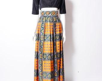 "Vintage 1970s Maxi Skirt// Long Retro Patterned Skirt// Rhinestones // 26"" Waist  //"