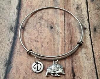 Hedgehog initial bangle - hedgehog jewelry, pet hedgehog bracelet, hedgie bracelet, gift for hedgehog owner, small animal jewelry