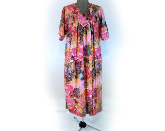 Vintage Lounge Dress, Cotton, Cozy House Dress, Abstract Floral Summer Lounger, Cute Hippie Dress, Casual and Comfortable, Pull-Over, Large