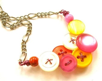 Christmas in July Sale Small Necklace- Hot Colors, Bright Pink, Orange, White, and Yellow Vintage Buttons