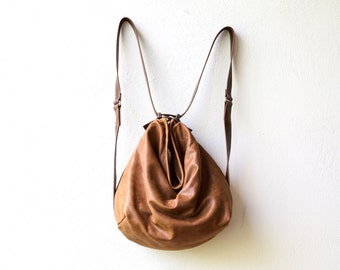 sale HOBO PACK in soft distressed leather - vintage style leather - crossbody bag - leather backpack