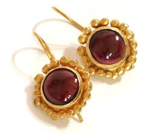 Garnet Earrings, January Birthstone, Gold Earrings Dangle, Garnet Jewelry,  Red Garnet Earrings, Gemstone Jewelry Dangle Earrings Gold,