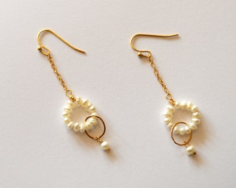 Tiny Pearls Long Gold Hoop Earrings / Long Dangle 14k Gold Geometric Earrings with Tiny White Pearls 14k Gold Hoops / Modern Pearl Earrings