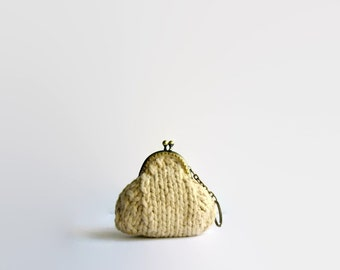 Beige Coin Purse with Key Chain Knitted in Cotton Yarn