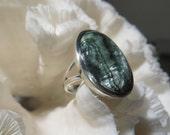 Beautiful Green Seraphinite Ring Size 9