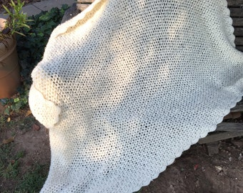 Vintage Hand Crochet Creamy White/Off White Afghan/Lap Throw