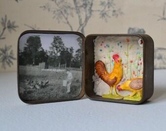Vtg tin ARTWORK : Mixed media - Vintage tin - Chick, Chick, Chicken