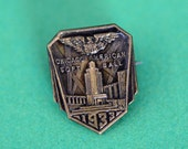 Chicago American Soft Ball 1933 Pin
