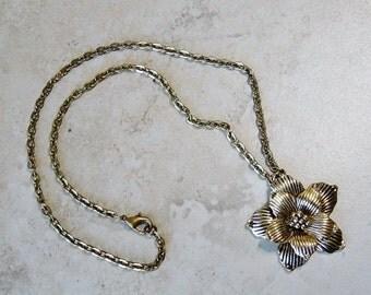 Flower Pendant Necklace, Antique Brass Chain Necklace, Flower Pendant on Chain, Tropical Flower Pendant Necklace,Tropical, Beach