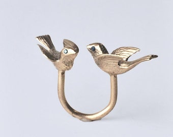 Dovecote Ring, Polished Brass