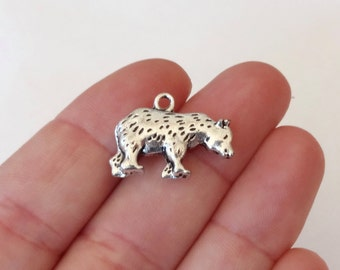 6, Bear Grizzly, Polar Bear Charms (approximately) 21x16x4.5mm, Hole: Approx. 2mm