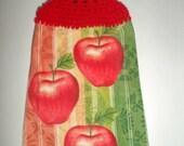 Hanging Apple Towel - Red Apples - Crochet Top Towel - Hanging Tea Towel - Hanging Dish Towel - Hanging Hand Towel - Apple Kitchen Decor