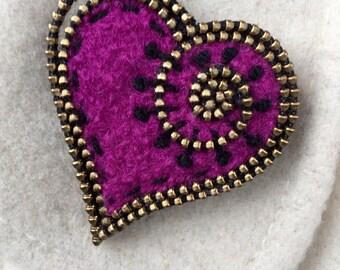 Magenta felt and zipper heart brooch