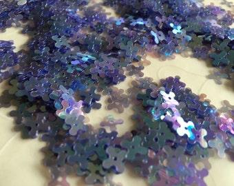 New Item -- 7 g of 7 mm 4 Petals Flower Sequins in Iridescent Lavender Color