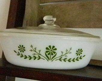 Vintage Glasbake Covered Casserole Dish (S)