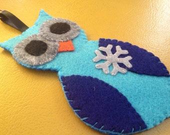 blue owl snowflake felty