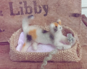 Calico Needle Felted Cat Kitten Wool Sculpted Ooak Decoration Pet Lover Gift Calico Miniature
