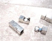 ON SALE 1 Clasp, Extra Strong Magnetic Clasp, Bright Silver Rectangler 25x10xmm,5.5mm inside diameter holes, CL188