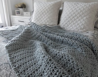 Chunky cozy wool throw blanket {Gray}