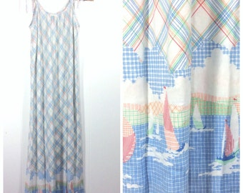 Vintage 70s 80s Sailing Nautical Motif Long Cotton Nightgown / Sz Small or Medium