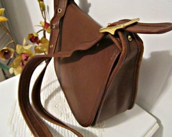 Coach Bag, Coach Brown Leather, Coach Vintage Bag, Coach Saddle Bag Style, Coach Crossbody in Brown  Leather