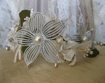 Boho Pearl Branch Tiara, Bridal Tiara, Boho Crown, Flower Tiara, Vintage Flowers, Silver Flower Tiara, Boho Bridal Headband, Boho Headpiece