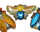 3 BUG Pins, 60s metal Insect toy brooches, costume jewelry made in Japan.
