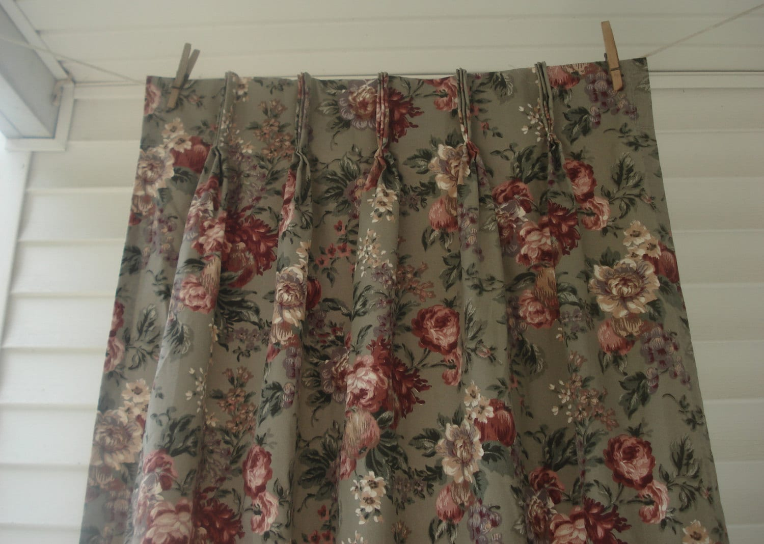 gray and pink floral curtains 3 panels dramatic peonies. Black Bedroom Furniture Sets. Home Design Ideas