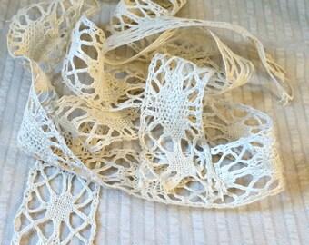 Antique Lace, 2pcs insertion Linen Torchon, trim, handmade
