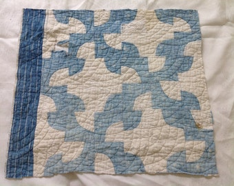 Primitive Vintage Blue White Snail Trail Cutter Quilt Craft Supplies