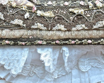 Exquisite Antique French Metallic Lace And Ribbon Work Frame