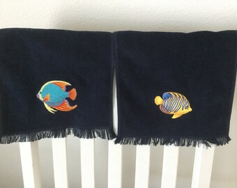 NAVY BLUE fingertip towel with machine embroidered Tropical FISH