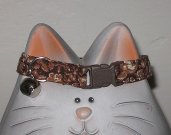Breakaway Cat Safety Collar in Chocolate Brown and Beige Cotton Print Fabric, Soft and Comfortable, Adjustable Sizes, Nonirritating