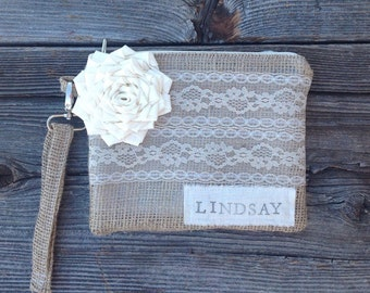 Personalized Bridesmaid Gift, Maid of Honor Gift, Flower Girl Purse, Wedding Party Gift, Bridal Party Bag, Bridesmaid Clutch, Wristlet