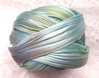1/2 yd Shibori Ribbon Hand Dyed Silk Ribbon Abalone Shibori Girl