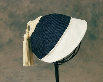 vintage 50s Straw Hat - 1950s Tassel Hat - Nautical Navy Blue and White Cloche Hat