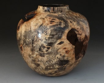 Buckeye Hollow Vessel