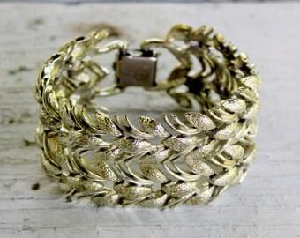 CORO Pegasus Thick Bracelet Gold Tone Link