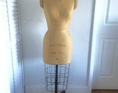 Vintage Wolf collapsible model 12 1973 dress form mannequin