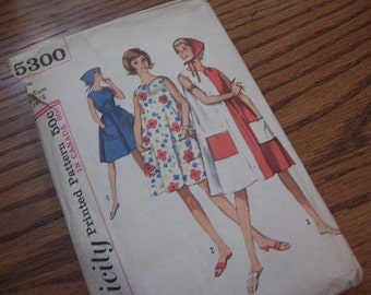1960's Play Dress with Scarf - Simplicity 5300