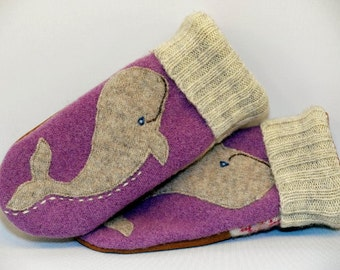 Upcycled Mittens Whale Felted Wool Sweater Whale Applique in Lilac Cream Brown Leather Palm Fleece Lining Eco Friendly Size S