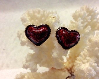 Vintage 1980's epoxy enamel heart earrings.