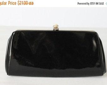 SALE Vintage Black Patent Leather Clutch Purse Handbag / Evening Bag / Optional Chain Handle
