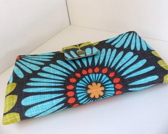 Must have wallet - Frindge Flowers in Blue