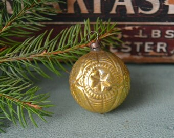 Vintage Chartreuse Gold Star Indent Glass Feather Tree Christmas Ornament German