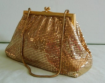 Vintage 50s West Germany Gold Mesh Evening Bag Rhinestone Kiss Clasp Peach Satin Lined Gilt Gold Frame