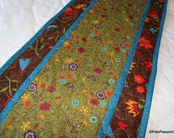 Folk Art Quilted Table Runner, Quilted Table Runner with Flowers, Floral Quilted Table Runner, Brown Green Table Runner