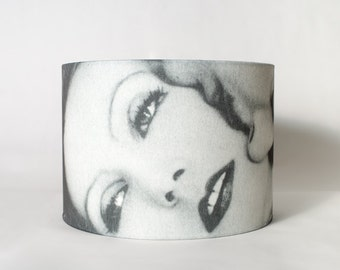 Lampshade Greta Garbo Black and White